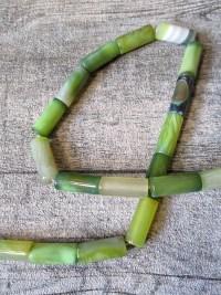 Achatperle Achatstein zylinderförmig grün 20x8 mm Loch 1,5 mm - MONDSPINNE