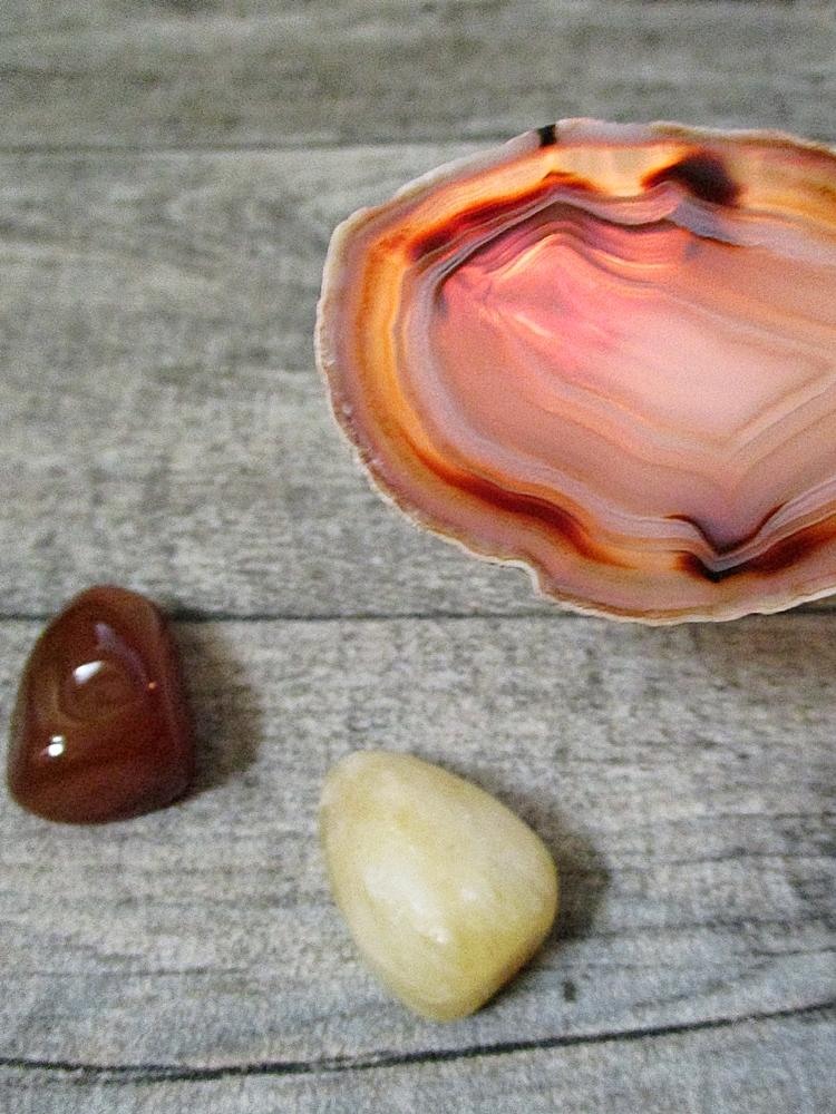 Achatscheibe natur 6,5x4,5cm - MONDSPINNE