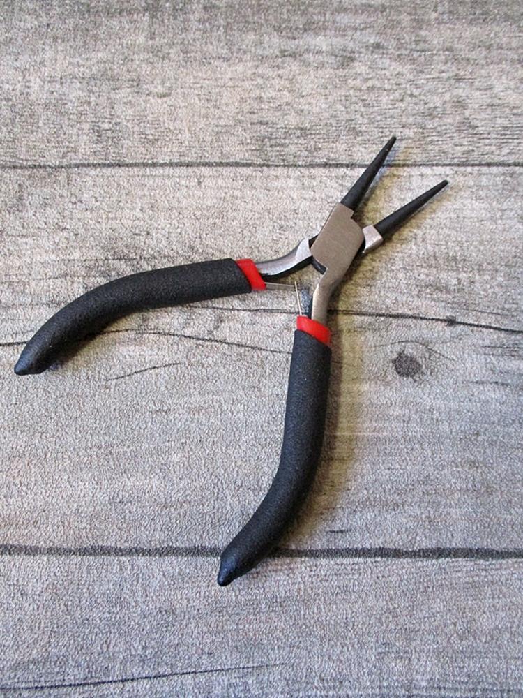 Rundzange schwarz metallgrau gehärteter Karbonstahl Griff ummantelt Softgriff 125 mm - MONDSPINNE