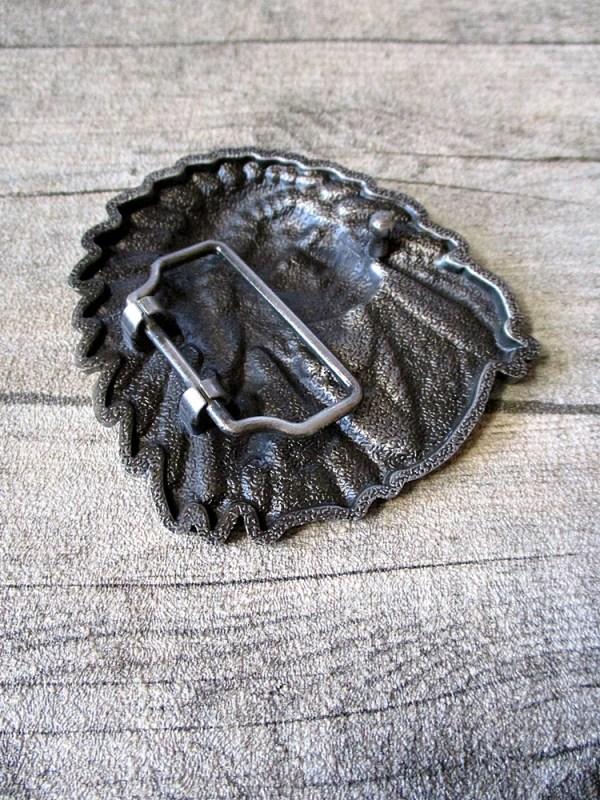 Gürtelschnalle Metallschieße Buckle silber schwarz Metall oval Indianer Häuptling - MONDSPINNE