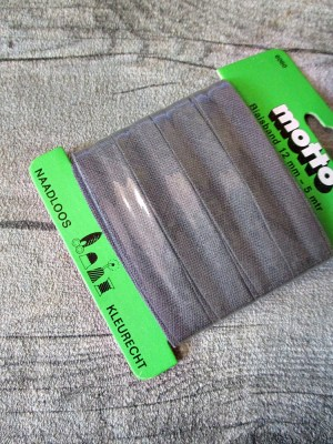Biaisband Biasband Schrägband 12 mm 5 m nahtlos naadloos farbecht kleurecht grau - MONDSPINNE