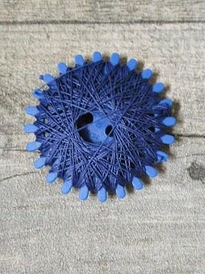 Baumwollzwirn Zwirn gewachst 20 m reißfest farbecht Nm3 3fach NEWO dunkelblau marineblau - MONDSPINNE