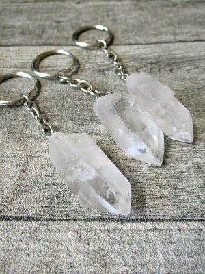 Bergkristall klar transparent weiß länglich Schlüsselanhänger - MONDSPINNE