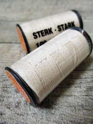 Jeansgarn Ledergarn natur 100m Stärke 40 Polyester Goldmann - MONDSPINNE