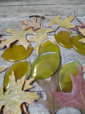 Anhänger Achat Edelstein groß flach rautenförmig mandelförmig gelb transparent gebohrt - MONDSPINNE