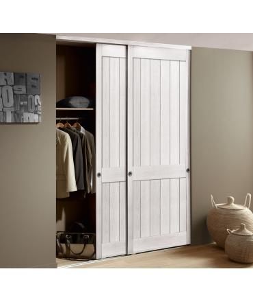porte de placard coulissante chene verni teinte blanc largeur 150cm