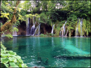 Most beautiful waterfall in the world 1