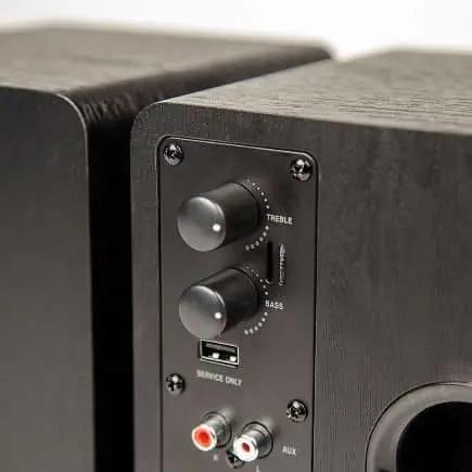 C-Series Bluetooth Enabled Powered Speakers | moneymachines.com
