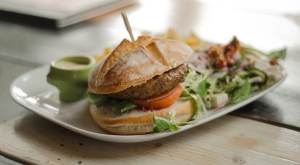 MoneyMagpie_Hamburger-Meal-Restaurant-Food-Burger-Lunch