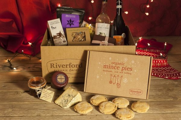 moneymagpie_riverford-christmas-gift-hamper