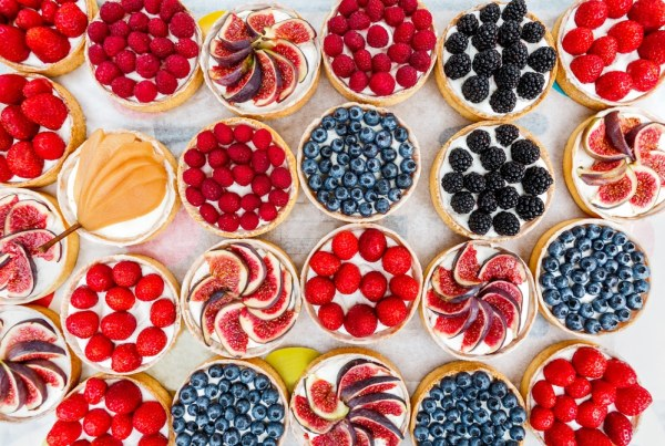 Lots of different flavours of fruit tart