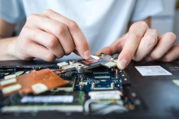 Fixing a laptop