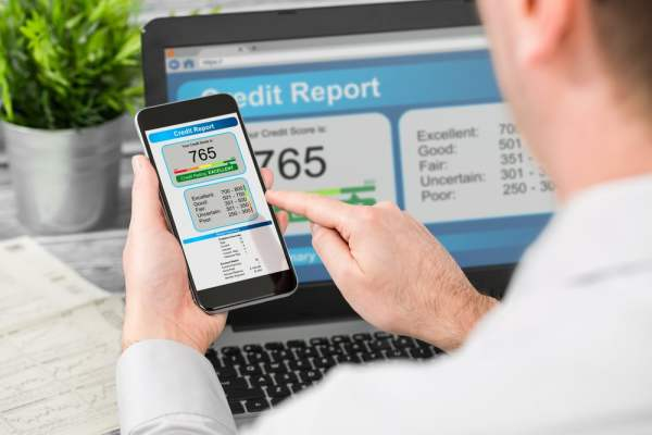 Credit report on PC and smartphone
