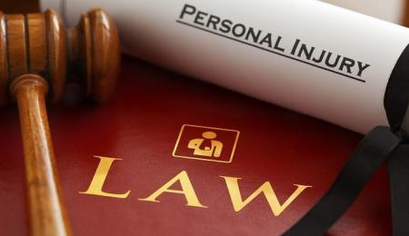 Hiring a personal injury lawyer: 6 common...