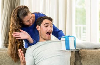 How to look like you're giving generous gifts when you're actually just being stingy