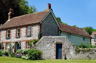 Listed buildings and home insurance – what you need to know