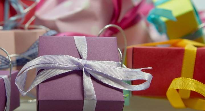 Sell your Christmas presents