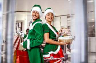 Christmas elf Christmas markets, fancy dress, presents and shopping, green elf outfits, Job opportunity