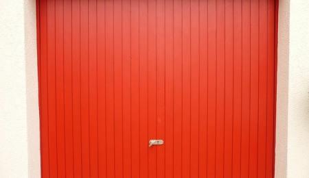 How to Start a Garage Door Business