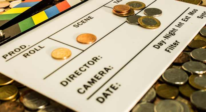 How much does being a TV and Film extra pay?