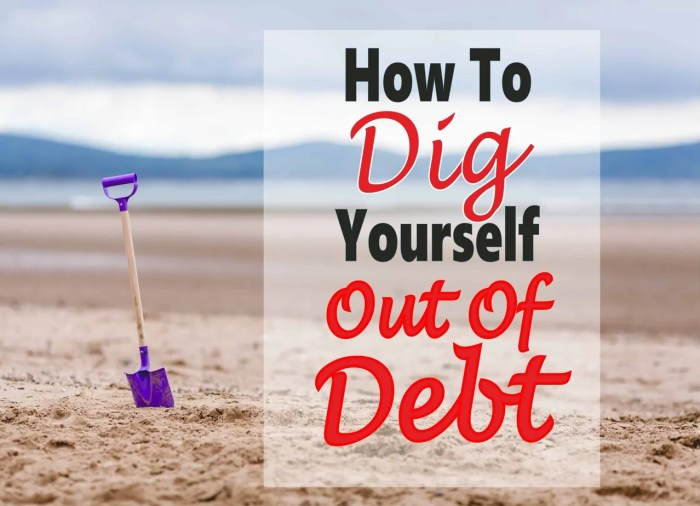 How To Dig Yourself Out of Debt ~ Paying off debt is really difficult, especially when living from paycheck to paycheck. But it can be done, click over to read how. debt | debt payoff | money | paying off debt | debt free #debt #money #finance #debtfree