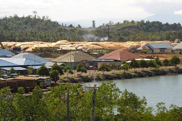 KantorBintang Delapan di Desa Fatufia Kecamatan Bahodopi berada di tepian pantai. Foto: Christopel Paino