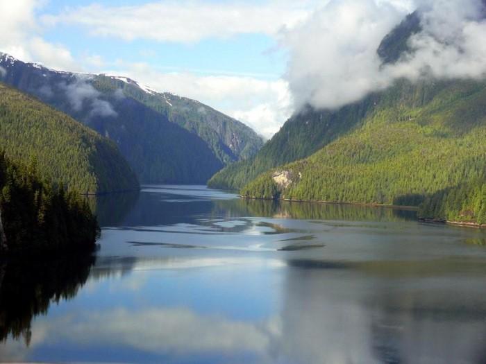 Misty Fjords National Monument-P1070571-large