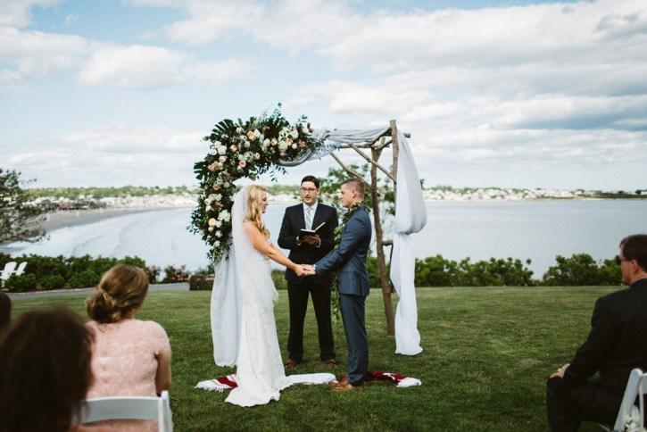 Castle-hill-wedding-ceremony
