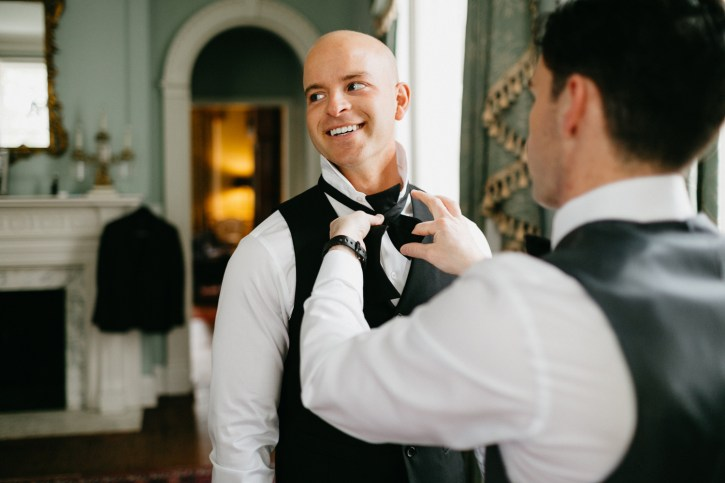 Lowndes Grove Plantation groom getting ready