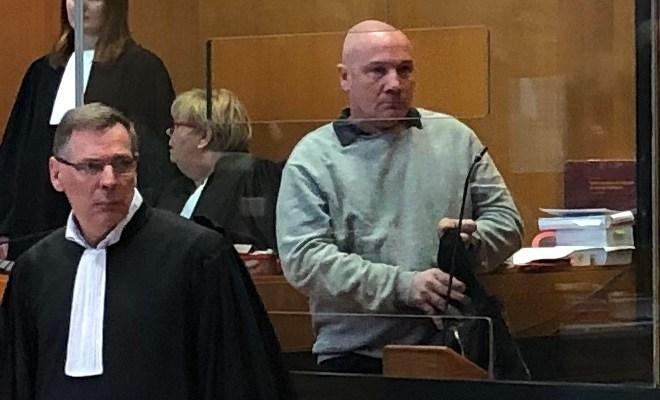 Philippe GIllet et son avocat, Maître Pay