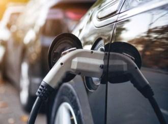 Makina-elektrike-5-854 Ngërçi i biznesit të taksive elektrike