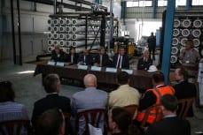 Johannes-Hahn-sea-ceremony-on-water-desalination-plant-in-Gaza-2016-02