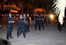Fuerzas de seguridad marroquíes en los alrededores de la prisión donde se produjeron los disturbios, en Casablanca, el 28 de Julio de 2016