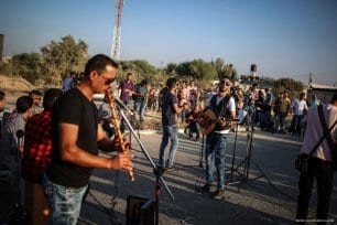 20160807_Palestinian-Music-Band-Performs-At-Erez-Crossing-007