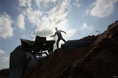 Israeli-airstrikes-hits-Gaza-Beit-Lahia-05