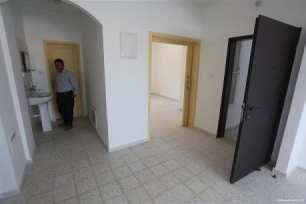 Victims-of-2014-war-on-Gaza-receive-56-housing-units-08