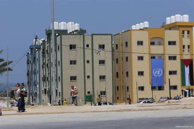 Victims-of-2014-war-on-Gaza-receive-56-housing-units-11