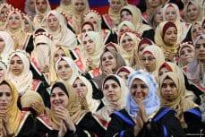 Graduation-ceremonies-Gaza-university-students-08