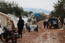 La lluvias torrenciales empeoran la calidad de vida de los refugiados sirios en el pueblo de Atme en Idlib, Siria el 1 de diciembre de 2016 [Mahmoud Faisal / Agencia Anadolu]