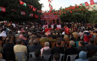 RAFAH, GAZA - 13 DE DICIEMBRE: Los palestinos se reúnen para asistir a una manifestación conmemorando el 49 aniversario de la fundación del Frente Popular para la Liberación de Palestina (FPLP) en Rafah, Gaza el 13 de diciembre de 2016. (Abed Rahim Khatib - Agencia Anadolu)