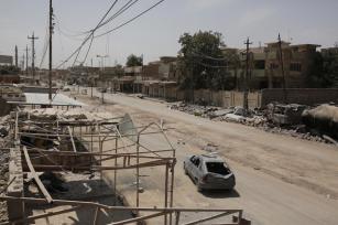 Tras la liberación de Mosul de las garras del Daesh el pueblo iraquí comienza a reconstruir la ciudad a 10 de julio de 2017 [Yunus Keleş / Agencia Anadolu]