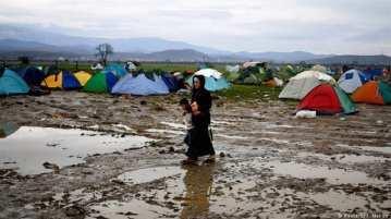 Diversas epidemias amenazan vidas humanas en los campos de refugiados en Grecia [yenisafak.com]