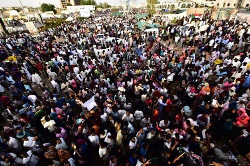 """El grupo de protesta sudanés dice que los militares """"no…"""