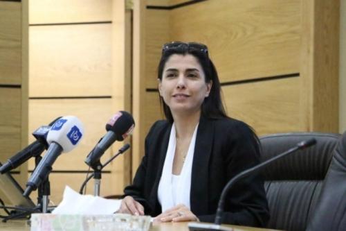 Jordania arresta a la ex diputada Hind Al-Fayez