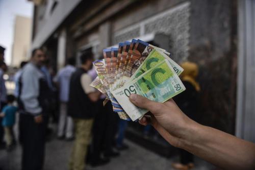 La Autoridad Palestina se enfrenta a la crisis financiera más…