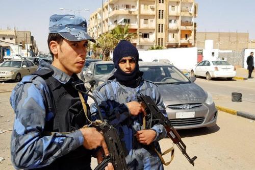 Egipto y Emiratos Árabes Unidos envían apoyo militar a Haftar…