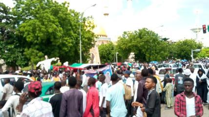 Miles de personas se reunieron en la capital nigeriana, Abuja, el 31 de mayo de 2019, para protestar por la ocupación de Palestina por parte de Israel [Servicio de noticias de Afro-Palestina]