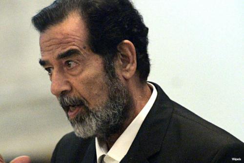 Informe: Residentes exhuman la tumba de Saddam Hussein y trasladan…