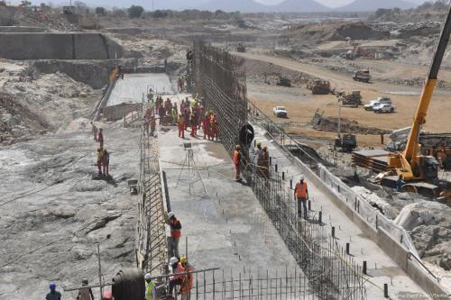 Egipto le pide a Etiopía que llene la presa del…