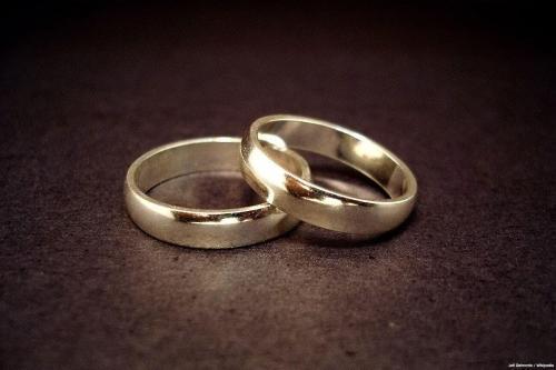 Un diputado de Egipto pide que se prohíban los matrimonios…